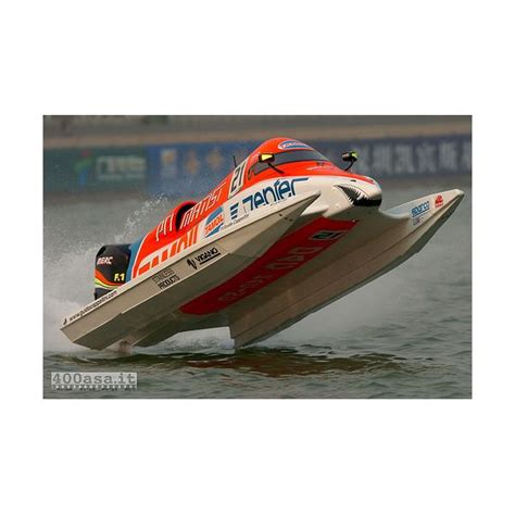 Formula Boats Racing by F1 Powerboat Racing Boat Racing Explained In A Simple Manner