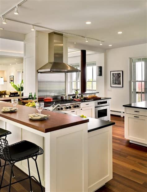 standard kitchen counter height