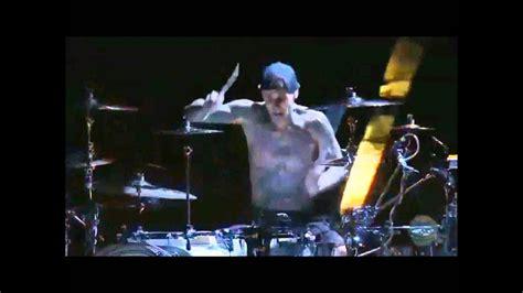 travis barker drum solo  hd youtube