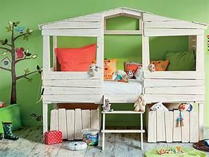 Cabane Lit Enfant : lit cabane pour enfant style bois en solde chez alinea ~ Melissatoandfro.com Idées de Décoration