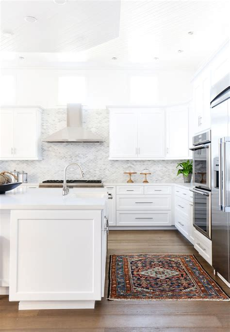 1000  ideas about White Marble Kitchen on Pinterest