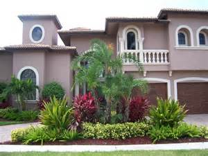 landscape ideas florida 25 best ideas about florida landscaping on pinterest green stone names front yards and front