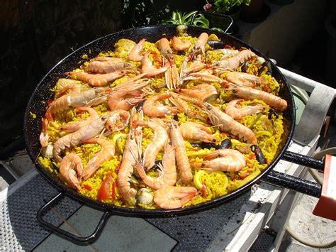 cuisiner une paella que cuisiner dans un plat a paella