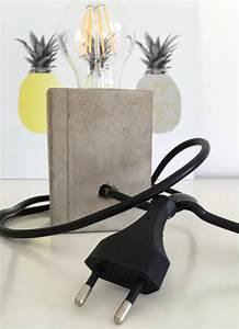 Lampe Mit Eigenen Fotos : lampe mit sockel aus beton selber machen hello mime ~ Lizthompson.info Haus und Dekorationen