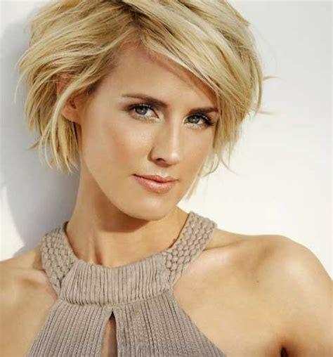 trendy short haircuts    short hairstyles  women