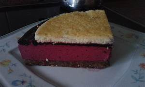 Rezepte Mit Schwarzen Johannisbeeren : cassis torte mit schwarzen johannisbeeren rezept mit bild ~ Lizthompson.info Haus und Dekorationen