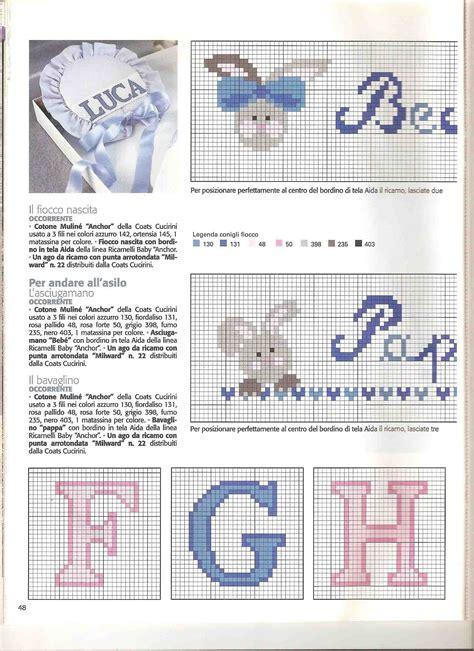 lettere a punto croce per bavaglini lettere alfabeto punto croce per bavaglini