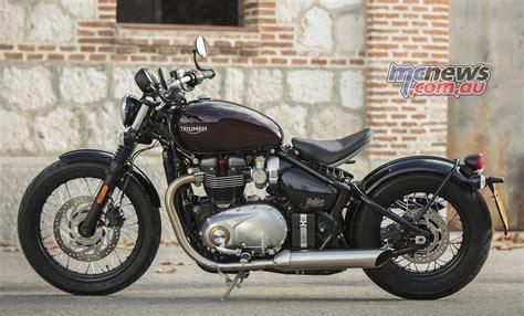 Triumph Announce 2018 Bonneville Bobber Black