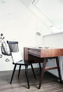 Schreibtisch Im Schlafzimmer : 50er jahre schreibtisch im schlafzimmer apartament desk room home office ~ Eleganceandgraceweddings.com Haus und Dekorationen