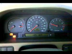 Volvo S70 1999 Throttle Hunting
