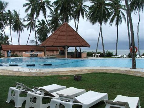Sun N' Sand Beach (kenyakikambala)  Allinclusive Resort