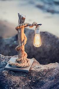 Lampe De Chevet Originale : une lampe de chevet design choisir en 5 id es astucieuses ~ Teatrodelosmanantiales.com Idées de Décoration
