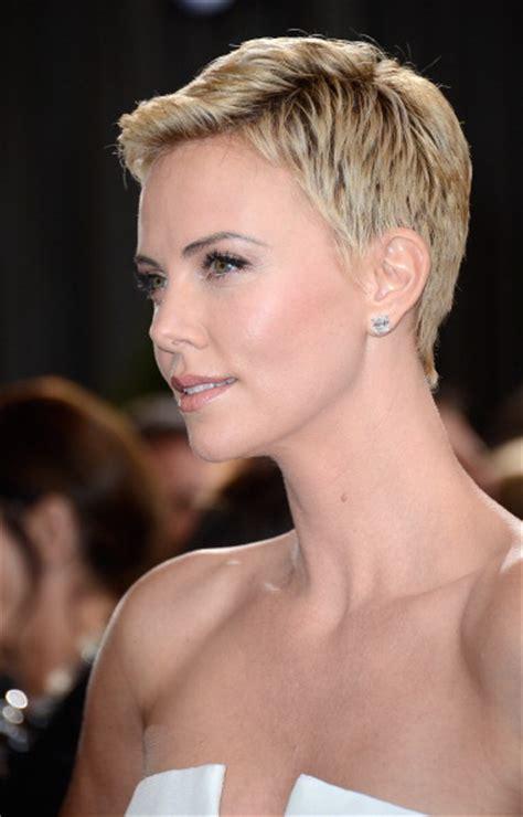 Oscar 2013, tutte le acconciature delle celebrità sul red