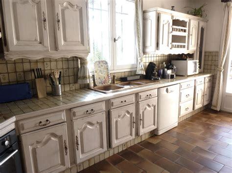 les decoration des cuisines rénovation décoration d 39 intérieur cuisine patine sur meuble