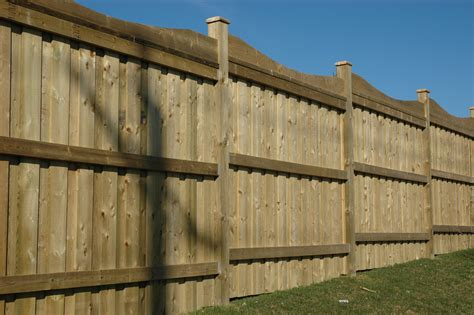 how to build a fence 1000 images about fence on pinterest iron fences iron gates and lattices