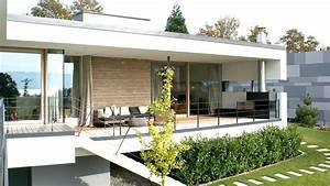 Modernes Haus Mit Satteldach : 105 die moderne haus moderne huser mit satteldach massivhaus kernhaus 56 ausgefallene ideen f ~ Orissabook.com Haus und Dekorationen