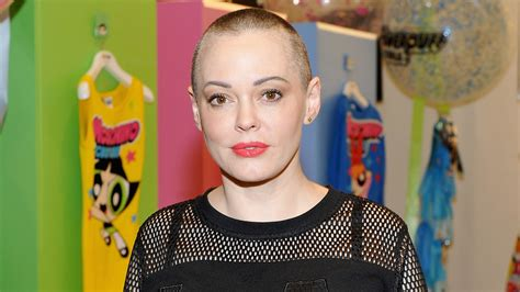 Rose McGowan Accuses Harvey Weinstein of Rape in New ...