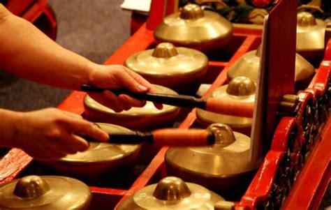 Alat musik ini berasal dari kalimantan tengah. 10 Alat Musik Tradisional Jawa Tengah, Gambar, dan Keterangannya