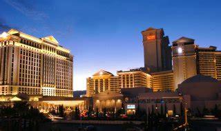 Caesars Palace Front Desk Salary by Caesars Palace Las Vegas Hotel Specials In Las Vegas Nv