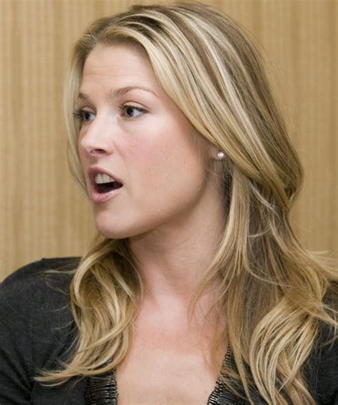 ali larter casual long straight hairstyle blonde hair color