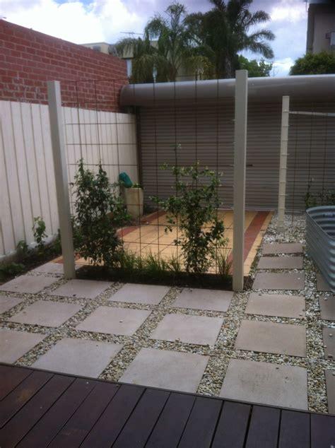 courtyard  port melbourne small spaces garden design