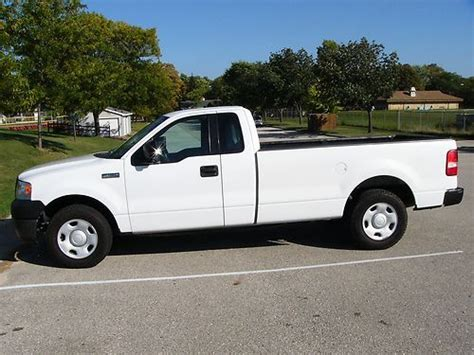 Buy Used 2006 Ford F150 Xl Standard Cab Pickup 2door 4