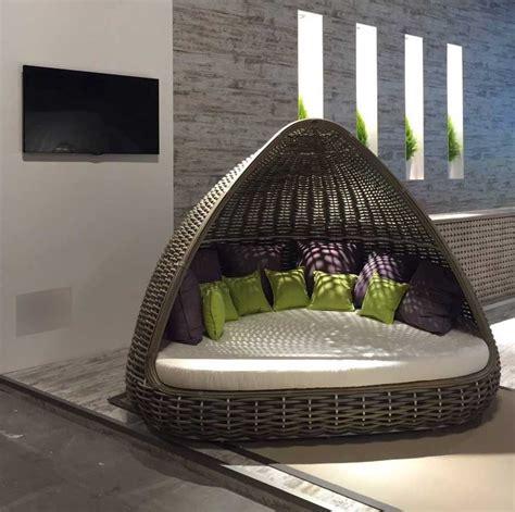 accessoires cuisine pas cher lit de jardin lusso tissage à la et matériaux innovants