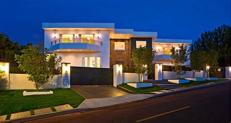 custom house designs beautiful and most modern houses modern house design