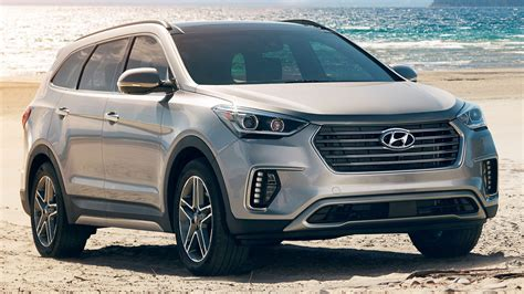 Introducing the 2022 santa fe compact suv featuring a wider, more aggressive front grille, digital display and available htrac awd. 2019 Hyundai Santa Fe XL