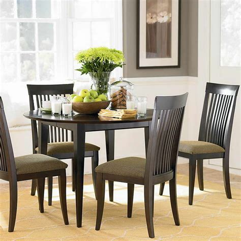 Bloombety Dining Table Centerpiece With Round Table