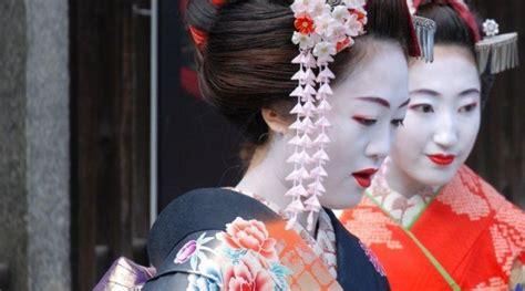 la cuisine du japon geisha et maiko une tradition japonaise
