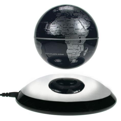 schwebender globus getdigital