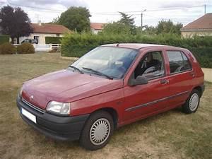 Clio Rouge : voiture occasion renault clio de 1991 225 000 km ~ Gottalentnigeria.com Avis de Voitures