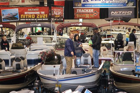 Detroit Boat Show 2018 Schedule by Ultimate Fishing Show Detroit