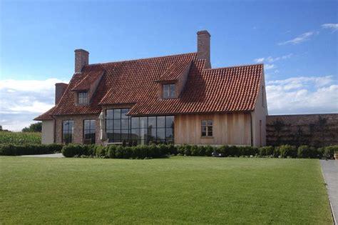 bureau joris landelijke villa hoeve ramen twists and