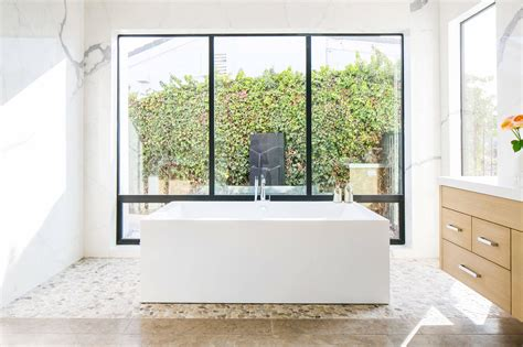 beautiful bathrooms    achieve spa status