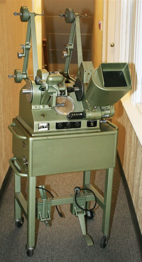 moviola model ud  cs  film editing machine