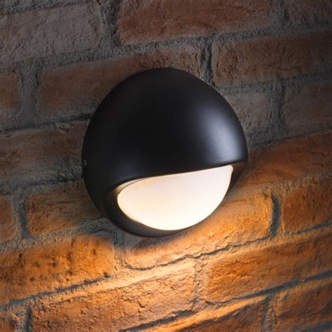 auraglow round bulkhead outdoor wall light benson