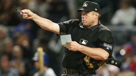 Watch MLB Ump Pull Giant Moth From His Ear During Yankees ...