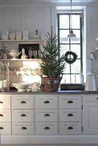 40 cozy christmas kitchen decor ideas digsdigs With the best inspiration for cozy rustic kitchen decor
