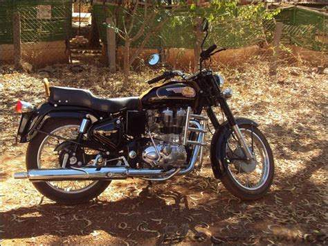 Review Royal Enfield Bullet 350 by Royal Enfield Bullet 350 Review By Sreekumars