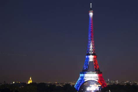 torre eiffel illuminata cosa prevede la riforma sulla revoca della nazionalit 224 in