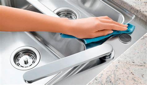comment nettoyer l inox cuisine comment entretenir 233 vier de cuisine consobrico com