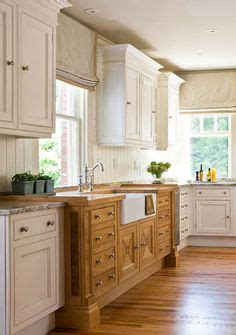 mixed wood kitchen cabinets 1000 images about warm look of counter tops with 7544