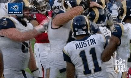 todd gurley gifs find share  giphy