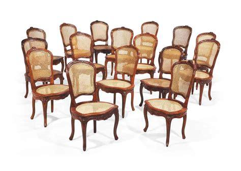 chaises louis xv suite de seize chaises de salle a manger en partie d