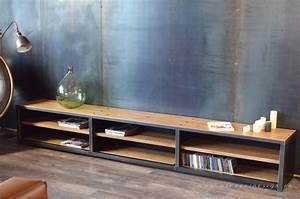 Meuble Tele Bas : meuble tv de style industriel micheli design ~ Teatrodelosmanantiales.com Idées de Décoration
