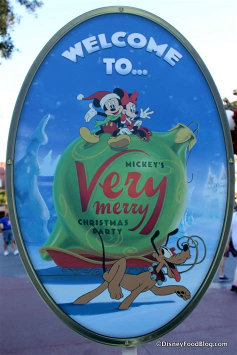 review mickey s very merry christmas party treats the