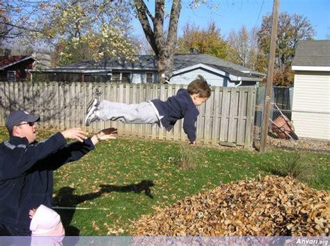 Throwing Kids 035