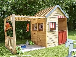 Pouf En Bois : une cabane en bois pour enfant prix doux joli place ~ Teatrodelosmanantiales.com Idées de Décoration